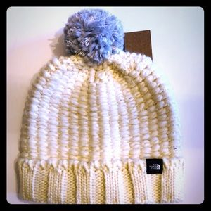 The North Face- cozy chunky beanie vintage white
